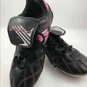 Other - Lotto Kids Soccer Cleats Size 2